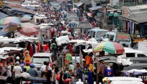 Pasar Tumpah dan PKL